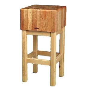 Pilón-de-encina-con-patas-de-madera